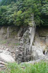 岩脈.jpg
